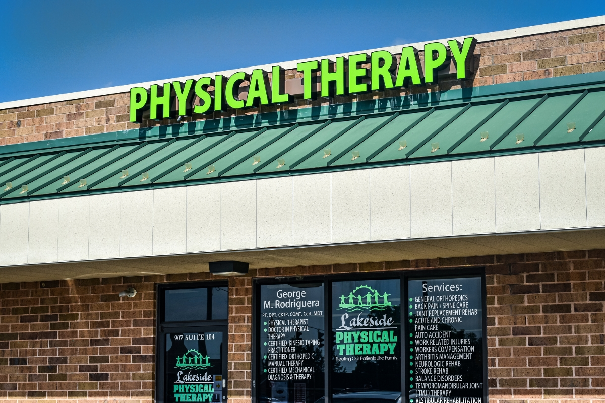 Lakeside Physical Therapy - Milford building exterior